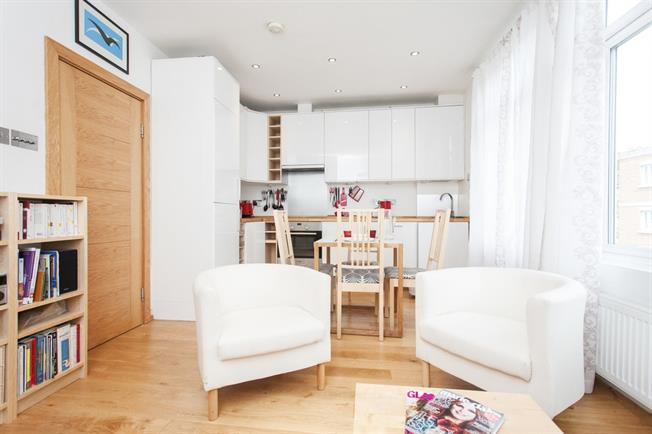 £2,166  per Calendar Month (Calculated), 2 Bedroom Flat To Rent in London, SW6