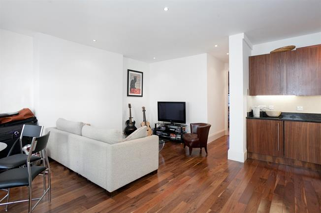 £1,950  per Calendar Month (Calculated), 2 Bedroom Flat To Rent in London, W14