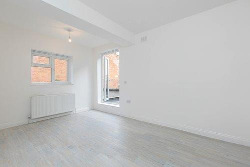 £1,646  per Calendar Month (Calculated), 2 Bedroom Flat To Rent in London, SW6