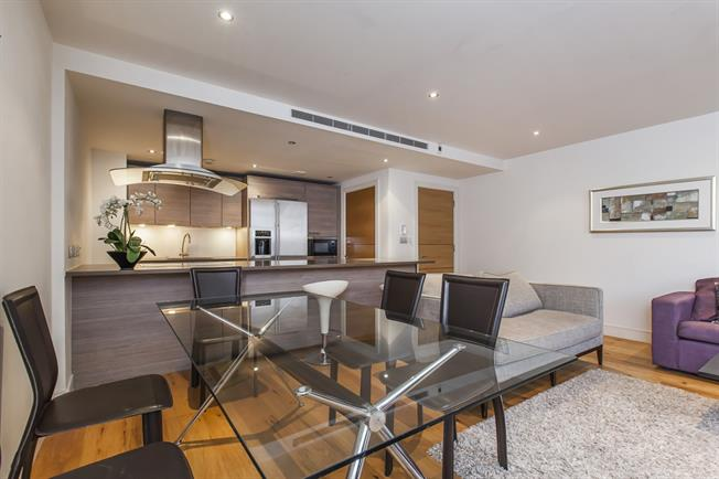 £3,141  per Calendar Month (Calculated), 2 Bedroom Apartment To Rent in London, SW6