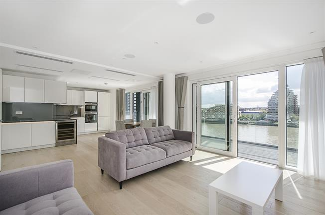 £3,895  per Calendar Month (Calculated), 2 Bedroom Apartment To Rent in London, SW6