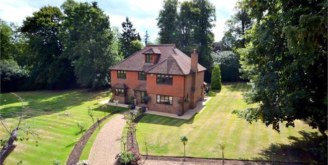 £3,750 per Calendar Month, 5 Bedroom Detached House To Rent in Woking, GU22