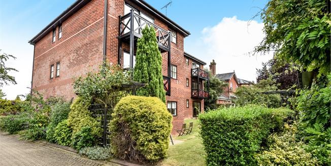 £1,550 per Calendar Month, 2 Bedroom Flat To Rent in Guildford, GU1