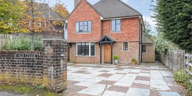 £6,000 per Calendar Month, 5 Bedroom Detached House To Rent in Godalming, GU7