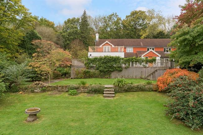 £4,000 per Calendar Month, 4 Bedroom Detached House To Rent in Haslemere, GU27
