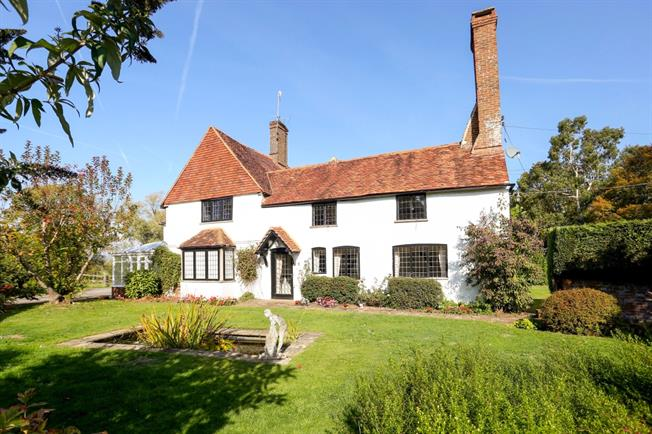 £3,995 per Calendar Month, 5 Bedroom Detached House To Rent in Cranleigh, GU6