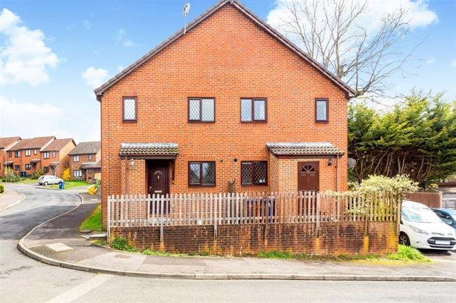 £725 per Calendar Month, 1 Bedroom House To Rent in Haslemere, GU27
