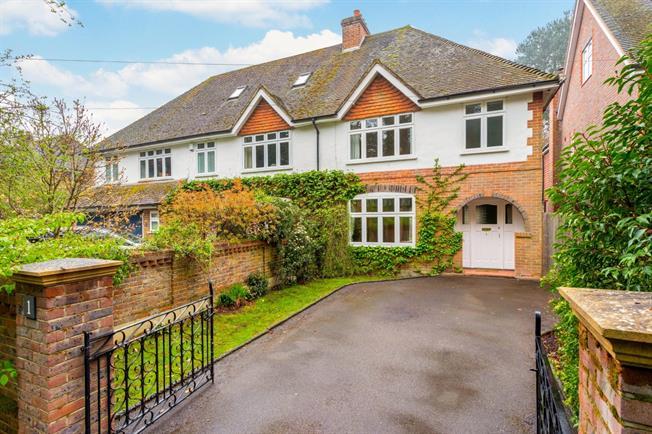 £1,595 per Calendar Month, 3 Bedroom Semi Detached House To Rent in Cranleigh, GU6