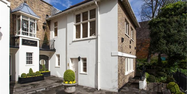 £17,333  per Calendar Month (Calculated), 3 Bedroom Cottage House To Rent in London, NW3