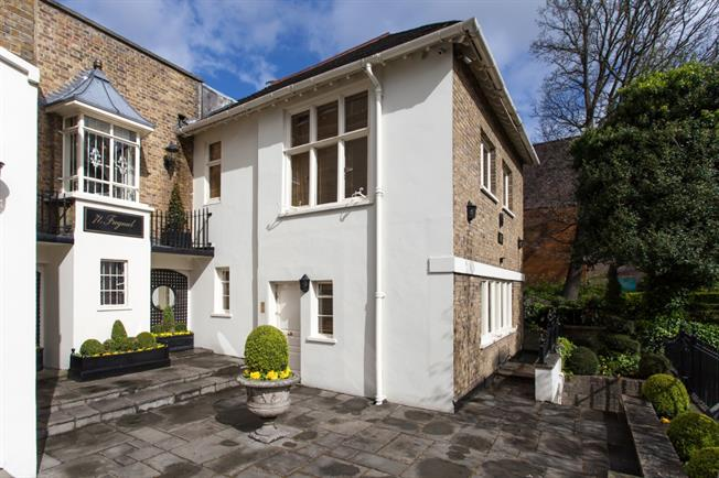 £15,166  per Calendar Month (Calculated), 3 Bedroom Cottage House To Rent in London, NW3