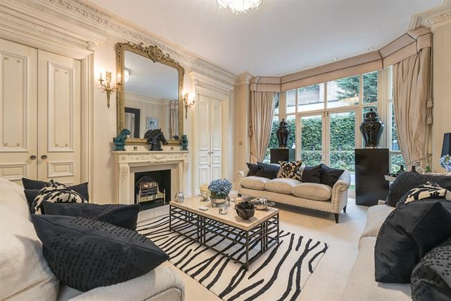 £65,000  per Calendar Month (Calculated), 7 Bedroom House To Rent in London, NW3