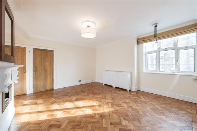 £1,278  per Calendar Month (Calculated), Apartment To Rent in London, NW3