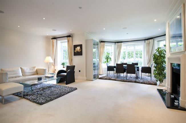 £7,150  per Calendar Month (Calculated), 3 Bedroom Apartment To Rent in London, NW11