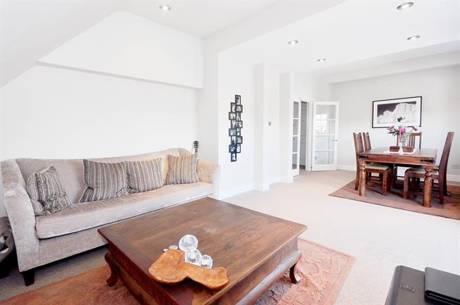 £2,925  per Calendar Month (Calculated), 2 Bedroom Flat To Rent in Belsize Park, NW3