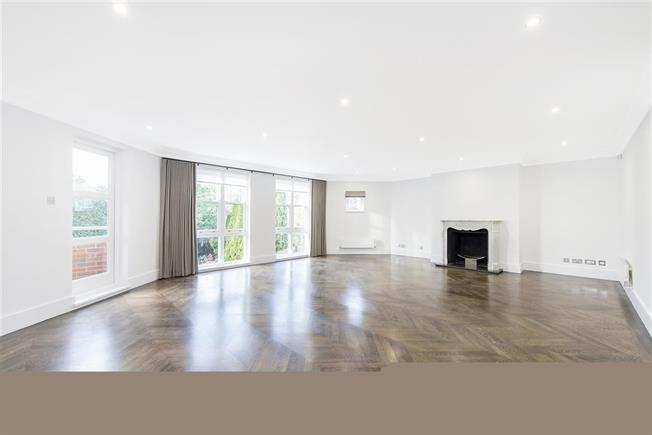 £8,645  per Calendar Month (Calculated), 4 Bedroom Apartment To Rent in Hampstead, NW3