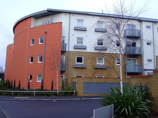 £1,050 per Calendar Month, 2 Bedroom Apartment To Rent in Crawley, RH10