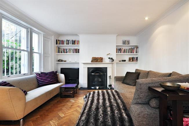 £2,578  per Calendar Month (Calculated), 2 Bedroom Flat To Rent in London, N1