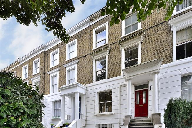 £2,036  per Calendar Month (Calculated), 2 Bedroom Flat To Rent in London, N1
