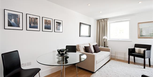 £2,816  per Calendar Month (Calculated), 1 Bedroom Apartment To Rent in London, N1