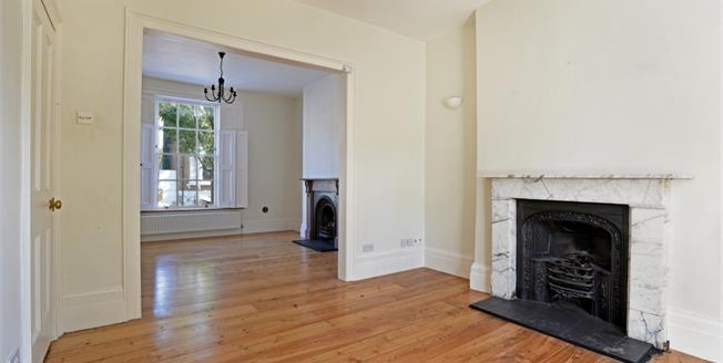 £3,011  per Calendar Month (Calculated), 3 Bedroom Terraced House To Rent in London, N19