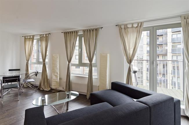£1,646  per Calendar Month (Calculated), 1 Bedroom Apartment To Rent in London, N7