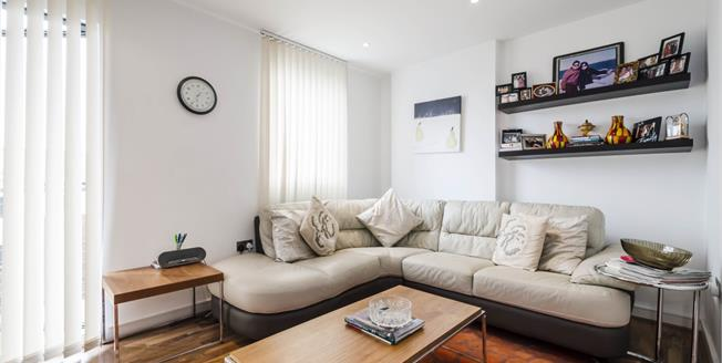 £2,275  per Calendar Month (Calculated), 2 Bedroom Apartment To Rent in London, N1