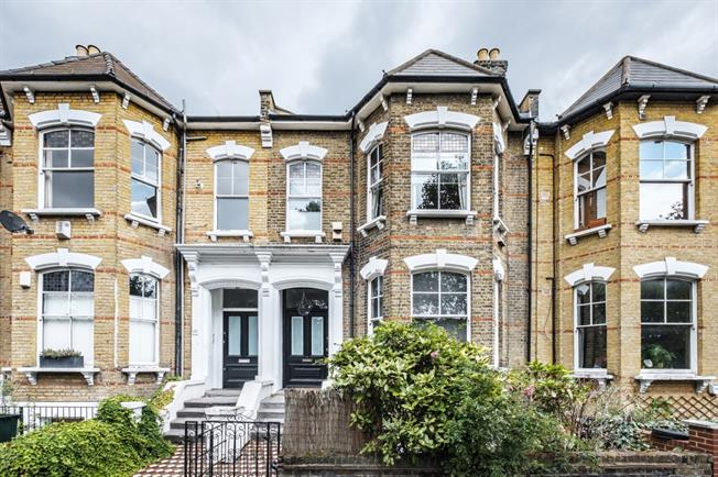 £1,733  per Calendar Month (Calculated), 1 Bedroom Apartment To Rent in London, E5
