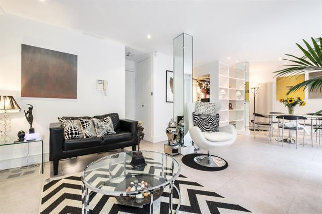 £3,683  per Calendar Month (Calculated), 2 Bedroom Maisonette To Rent in London, EC1V