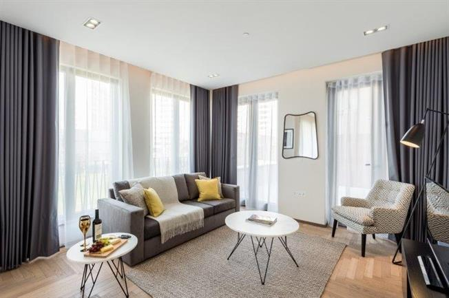 £5,837  per Calendar Month (Calculated), 1 Bedroom Apartment To Rent in London, N1C