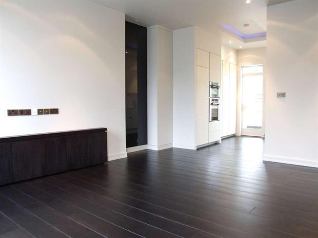 £2,578  per Calendar Month (Calculated), 2 Bedroom Apartment To Rent in London, EC1R
