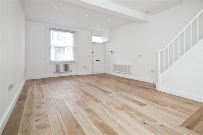 £3,683  per Calendar Month (Calculated), 3 Bedroom End of Terrace House To Rent in London, N7