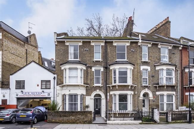 £1,408  per Calendar Month (Calculated), 1 Bedroom Flat To Rent in London, E5