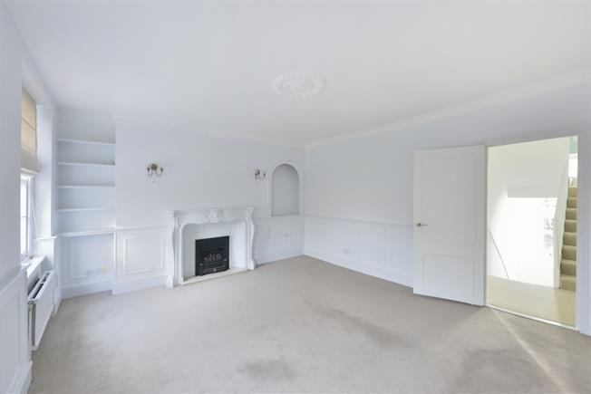 £2,708  per Calendar Month (Calculated), 2 Bedroom Apartment To Rent in London, EC1R