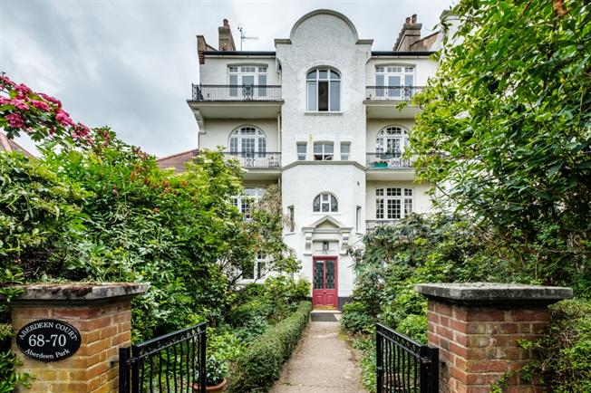 £1,850  per Calendar Month (Calculated), 2 Bedroom Apartment To Rent in London, N5