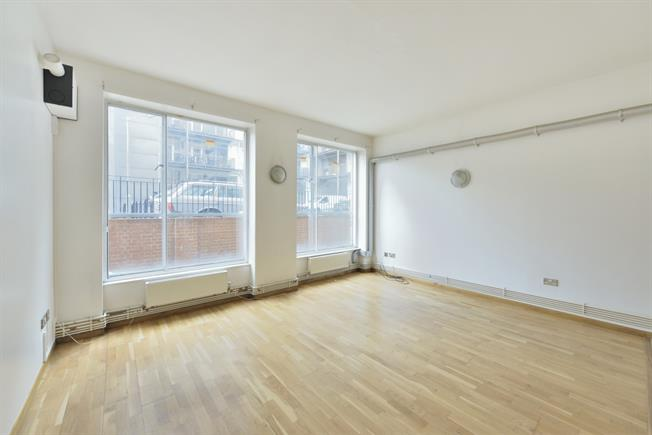 £1,776  per Calendar Month (Calculated), 1 Bedroom Flat To Rent in London, E8