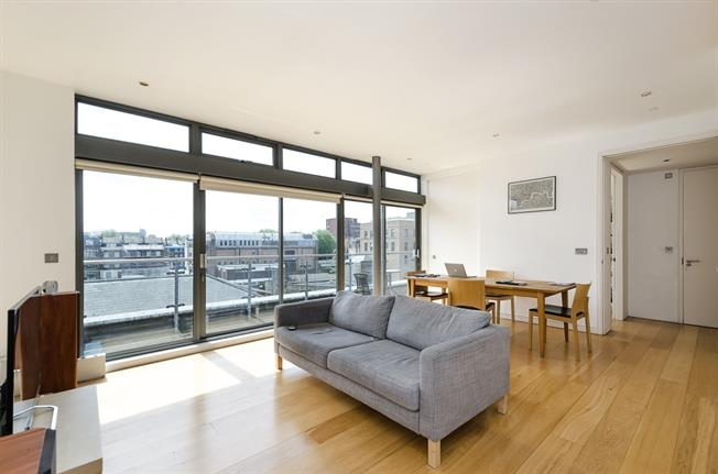 £3,445  per Calendar Month (Calculated), 2 Bedroom Apartment To Rent in London, WC1X
