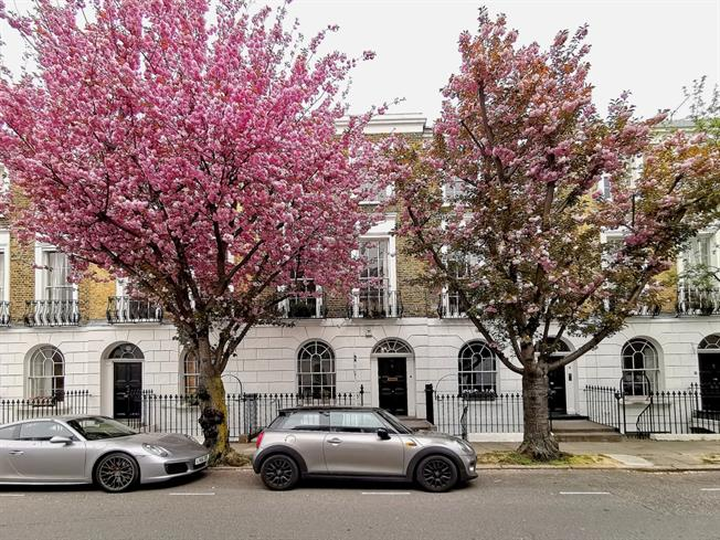 £5,611  per Calendar Month (Calculated), 3 Bedroom Terraced House To Rent in London, N1