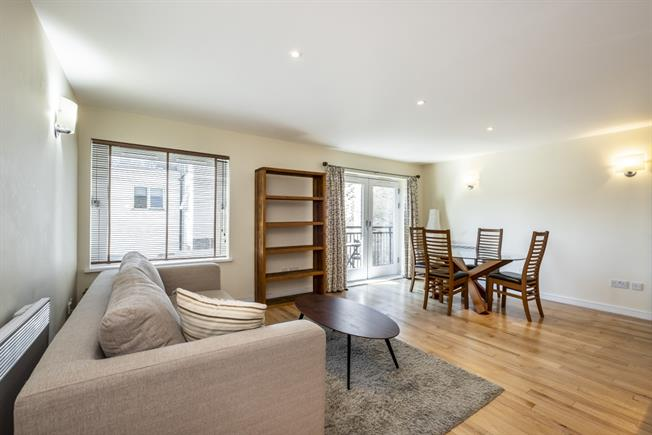 £2,058  per Calendar Month (Calculated), 1 Bedroom Apartment To Rent in London, EC1V