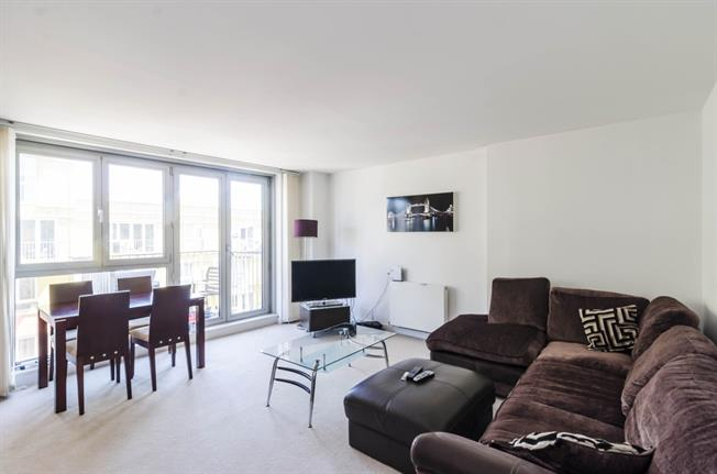 £2,491  per Calendar Month (Calculated), 3 Bedroom Apartment To Rent in London, N7