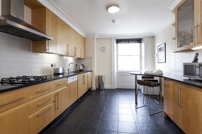 £6,500  per Calendar Month (Calculated), 3 Bedroom Apartment To Rent in London, W8