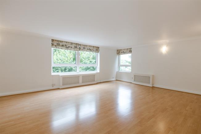 £3,250  per Calendar Month (Calculated), 3 Bedroom Apartment To Rent in London, W14
