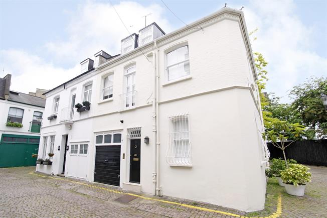 £5,611  per Calendar Month (Calculated), 3 Bedroom Mews House To Rent in London, SW7