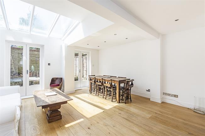 £2,340  per Calendar Month (Calculated), 2 Bedroom Apartment To Rent in London, W14