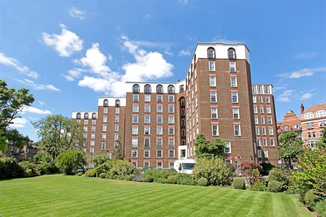 £3,358  per Calendar Month (Calculated), 4 Bedroom Flat To Rent in London, W14