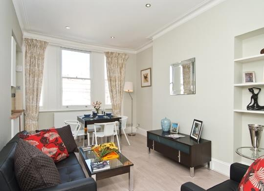 £1,798  per Calendar Month (Calculated), 1 Bedroom Flat To Rent in London, W8