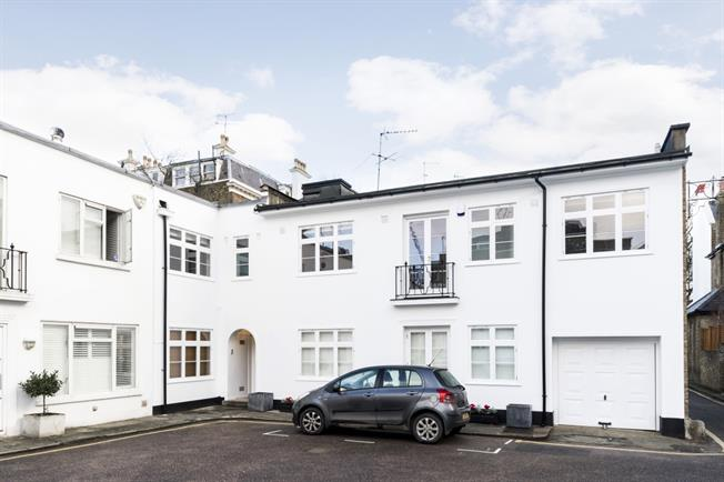 £7,193  per Calendar Month (Calculated), 4 Bedroom End of Terrace House To Rent in London, W8