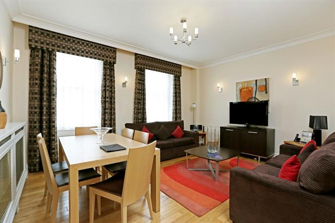 £10,616  per Calendar Month (Calculated), 3 Bedroom Flat To Rent in London, W8