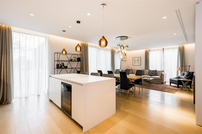 £13,498  per Calendar Month (Calculated), 2 Bedroom Apartment To Rent in London, W8