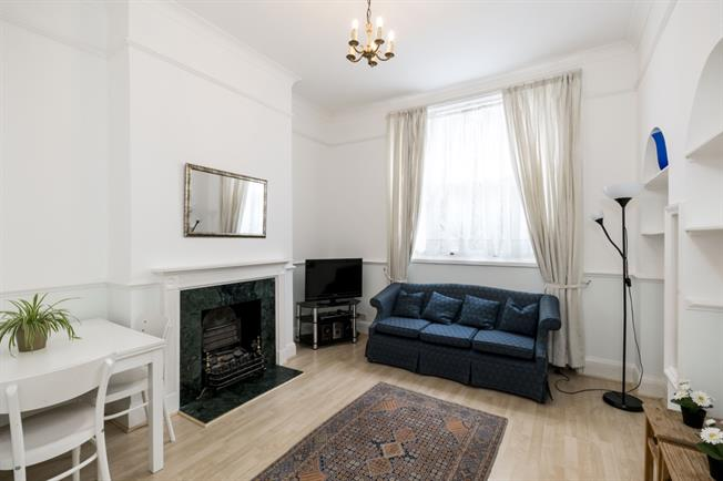 £1,841  per Calendar Month (Calculated), 1 Bedroom Apartment To Rent in London, W8