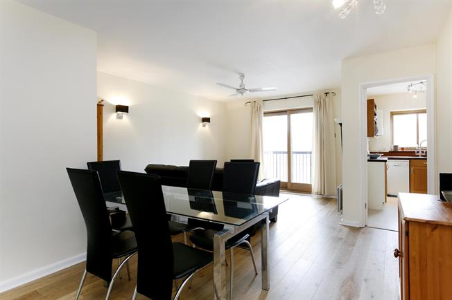 £1,695 per Calendar Month, 2 Bedroom Apartment To Rent in Kingston upon Thames, KT1